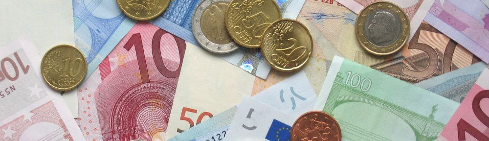 Euro_coins_and_banknotes. Foto: Wikipedia